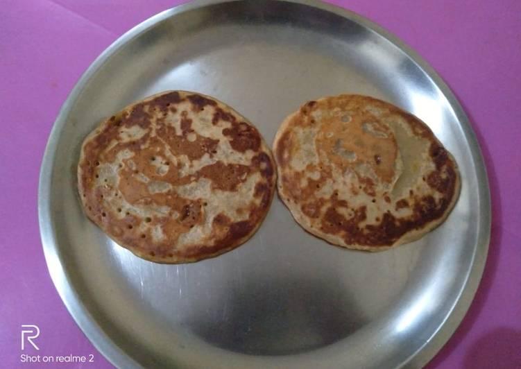 Eggless whole wheat banana pancakes