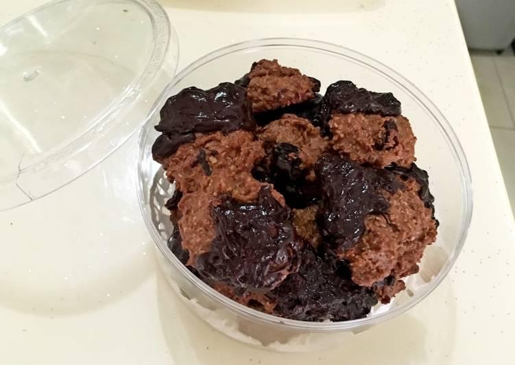 Oatmeal peanutbutter choco cookies