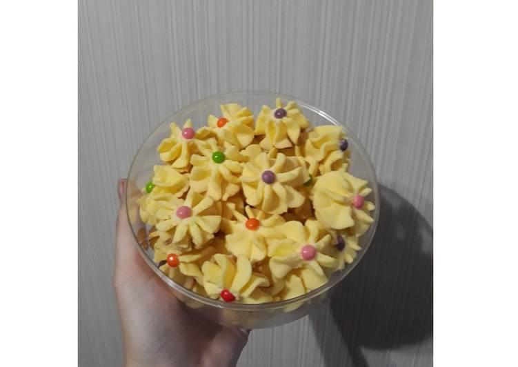 Kue Semprit Lembut