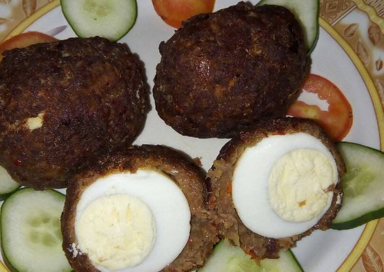 Scotch eggs, simple and testy