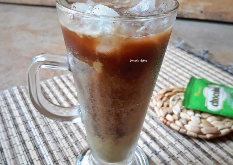 Matcha Milk Coffee