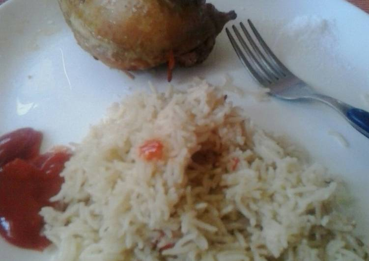 Recipe of Quick Boiled rice,and fried chicken