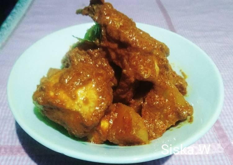 resep cara bikin Rendang Ayam Kentang (bumbu beli)