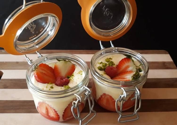 Simple  Tiramisu fraise