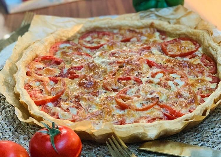 Tarte feuilletée tomates fromages