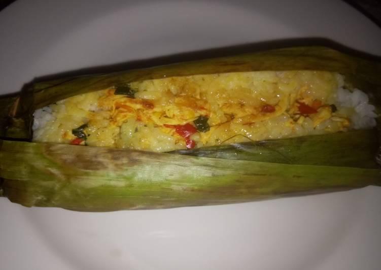 Resep Nasi Bakar Ayam Suwir , Bisa Manjain Lidah
