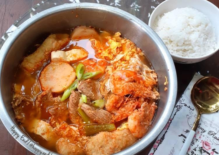 Haemul Sundubu Jjigae w Beef (Sup Tahu Seafood + Daging Pedas)