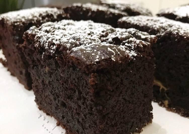 Bagaimana Membuat FUDGE Moist Banana Chocolate Cake (lezatos tanpa mixer, tanpa butter) Anti Gagal