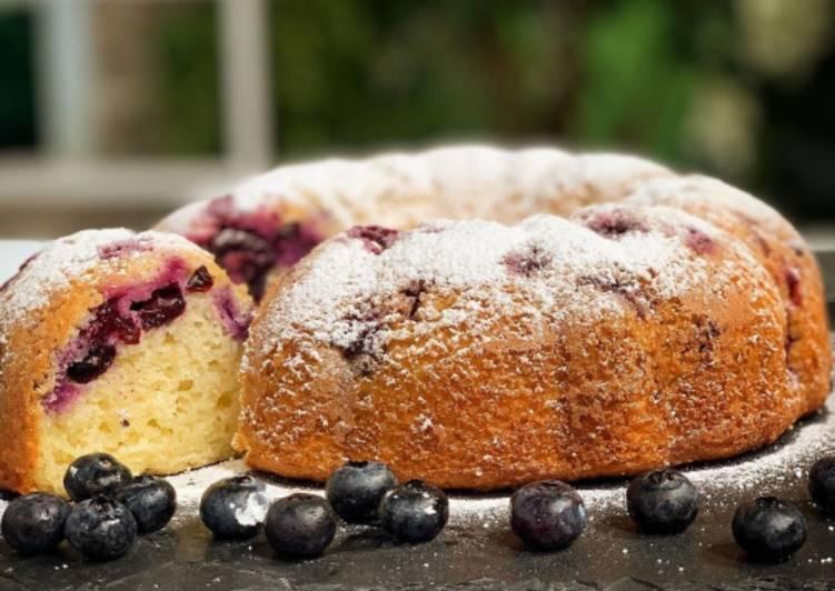 Easiest Way to Prepare Super Quick Homemade Blueberry Lemon Cake