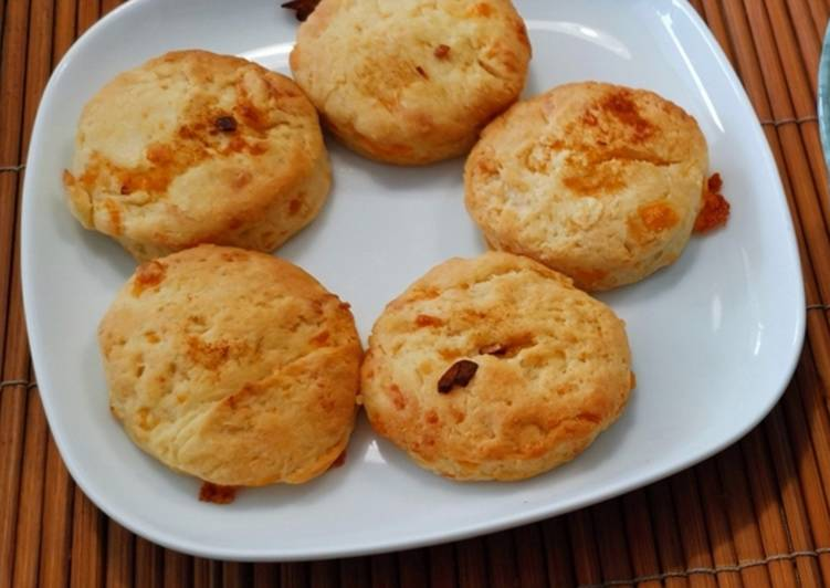 How to Prepare Appetizing Cheese n garlic biscuits