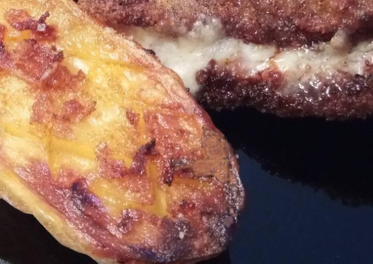 Cachopo Relleno de Lacón y Mozzarella con Patatas Asadas