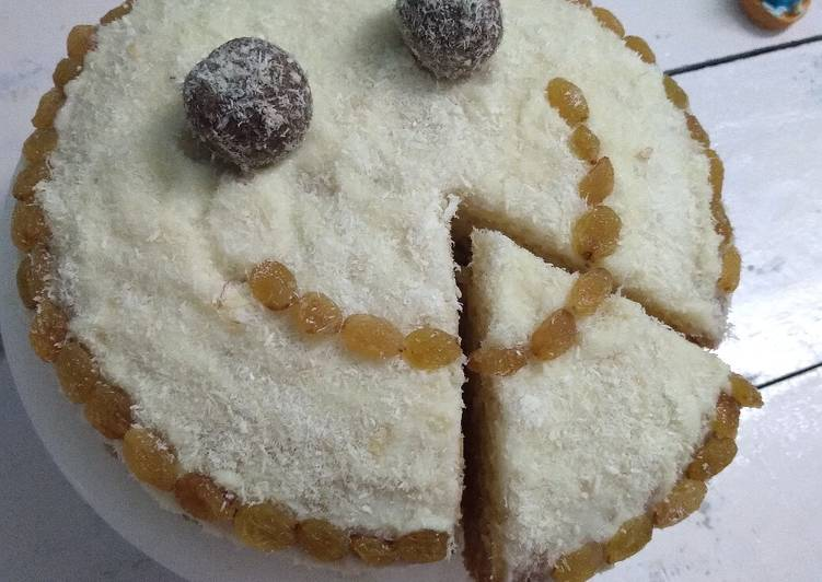 Recipe of Top-Rated Coconut cake