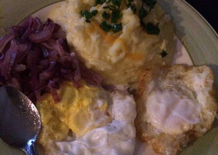 3 cheese mash with eggs and onions