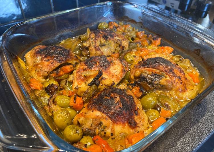 Morrocan style chicken Tajine SO GOOD!