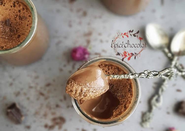 Crèmes au chocolat au lait concentre