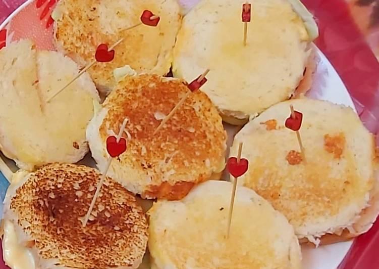 How to Make Tasty Mini chicken burgers