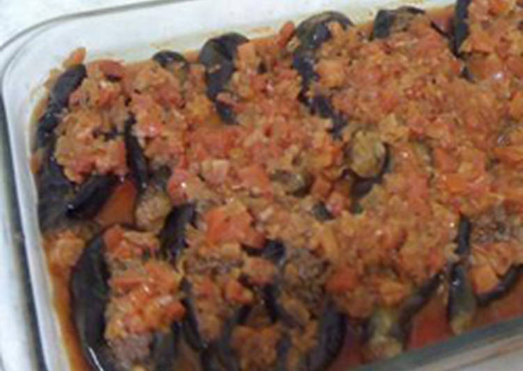 Easiest Way to Cook Delicious Casserole of eggplants stuffed with ground meat – sheikh el mehshi