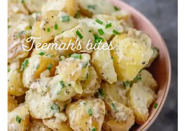 Simple potatoes salad