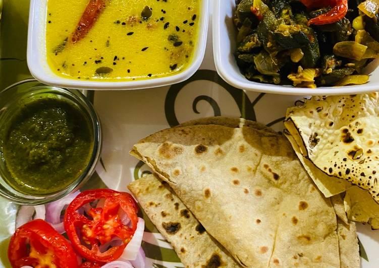Quick dinner with Bhindi (okra)and kadhi