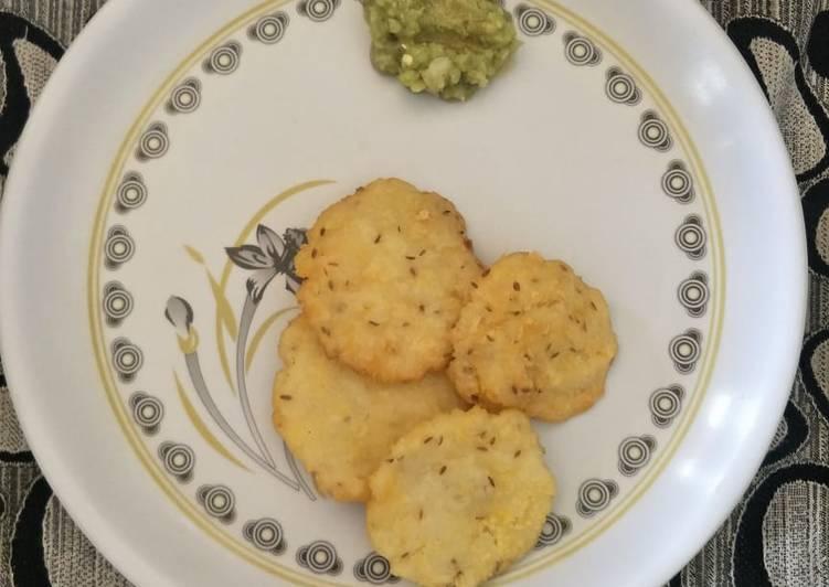 Rice crackers with onion karam
