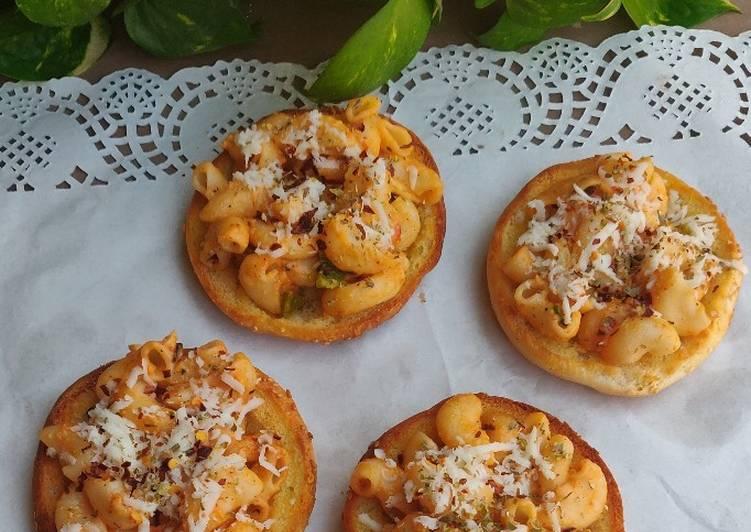 Easiest Way to Make Perfect Mini Macaroni Buns