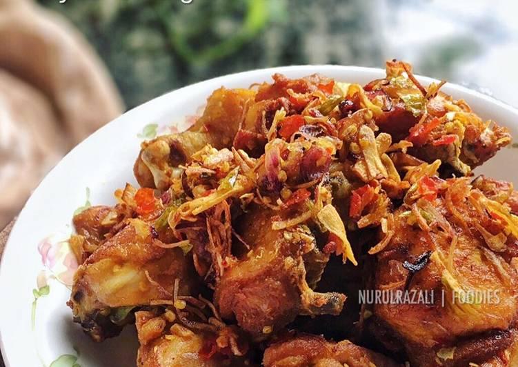 Ayam Goreng Cili Padi - velavinkabakery.com