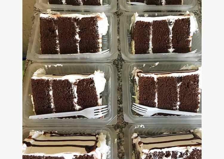 Recipe: Delicious Chocolate poke cake