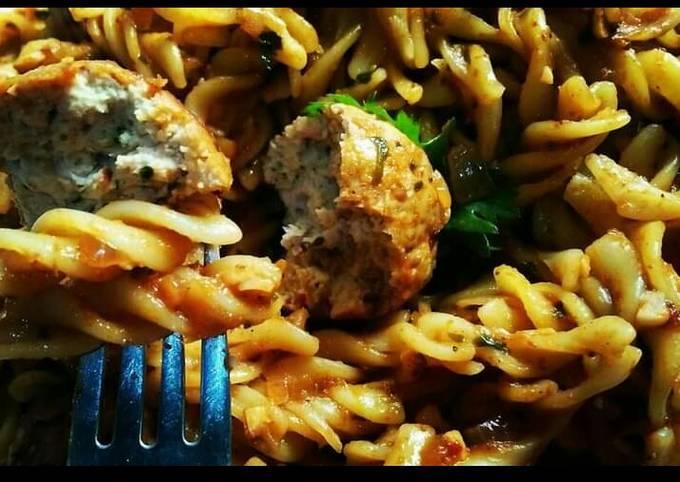 Spicy chicken Meatball Pasta😋🍝🍲