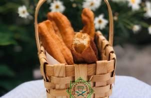 Bánh quẩy (giò cháo quẩy)