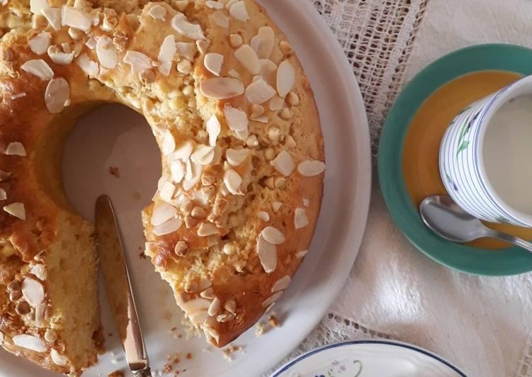 Ricetta Ciambellone alla ricotta, con cioccolato bianco e limone