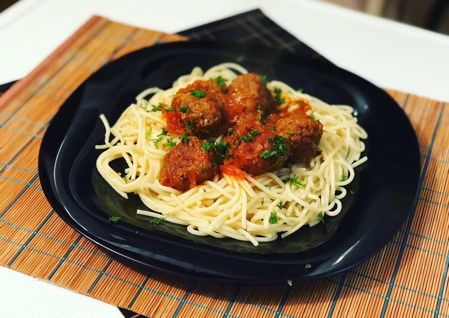 она надоедает, фрикадельки к спагетти рецепт с фото прекрасно растут балконах