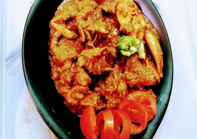 Kakrar jhal / bengali style crab curry