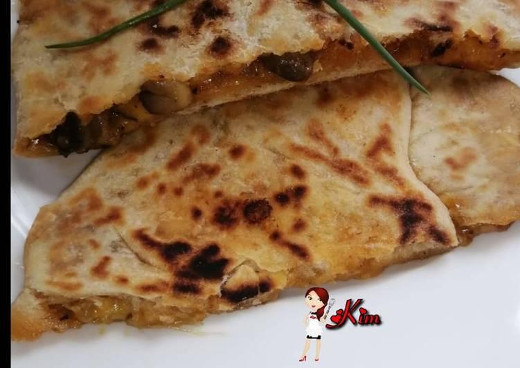 Cheesy Mushroom Paratha