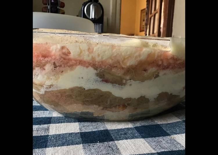 Recette Délicieux Tiramisu rhubarbe parfumé mojito (rhum menthe et citron vert)