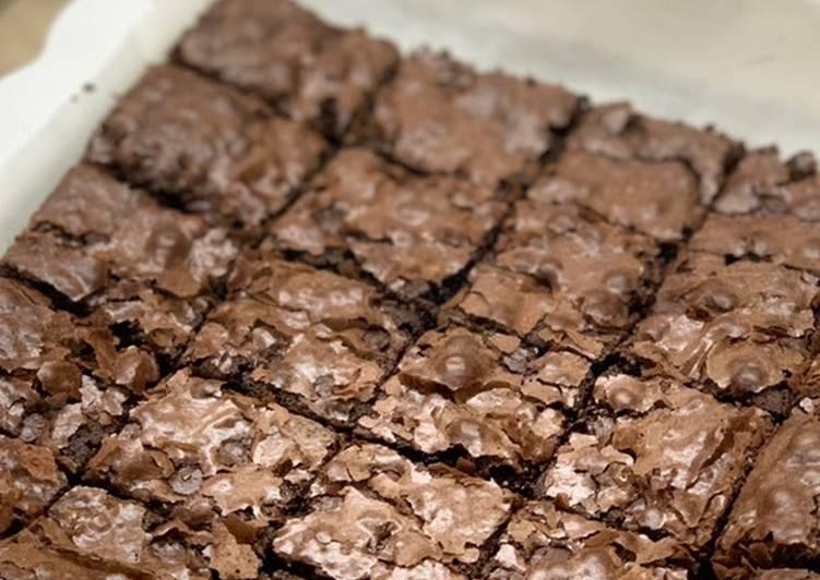 Shiny fudge cappucino brownies