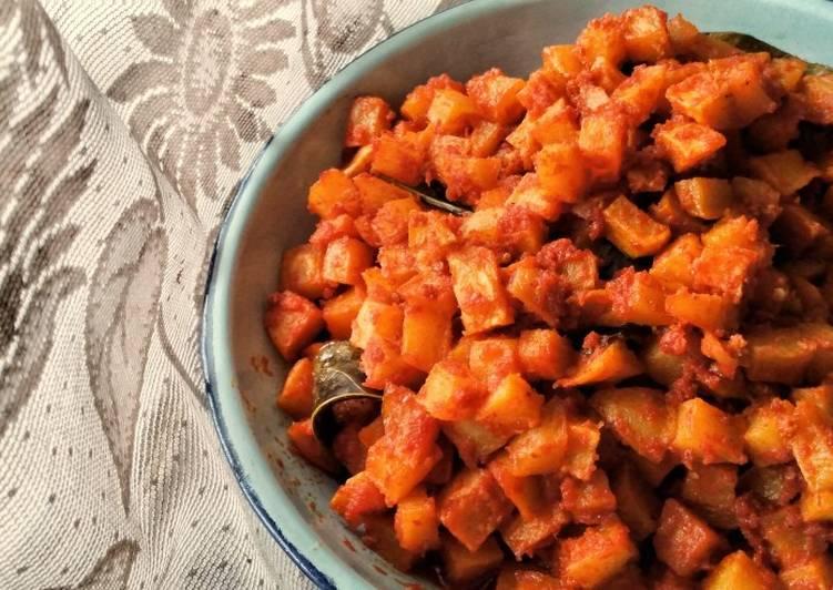 Simple Way to Make Super Quick Homemade Sambal Goreng Kentang / Potato in Red Chilli Sauce