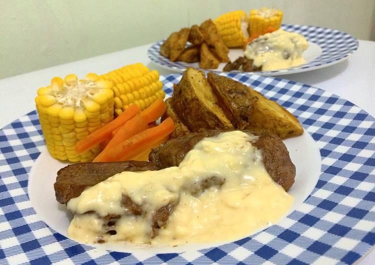 Beef Steak Saus Keju with Potato Wedges