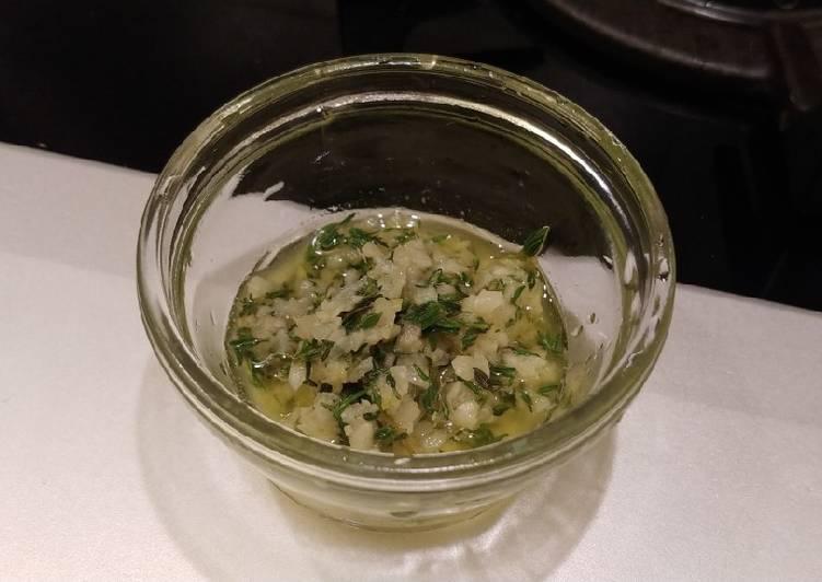 How to Prepare Tasty 香蒜牛排汁 (Garlic Steak Sauce)