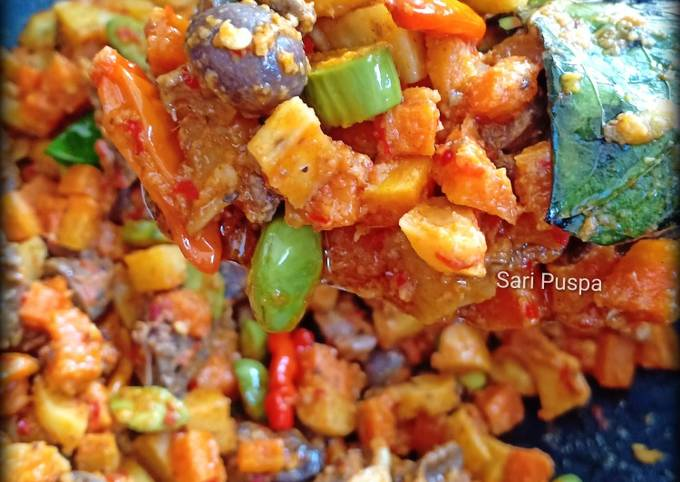 sambel goreng (kentang, wortel, ampela ati & pete) - resepenakbgt.com