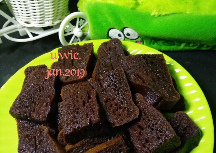 resep membuat Bolu caramel kukus (no mixer, no timbangan) - Sajian Dapur Bunda