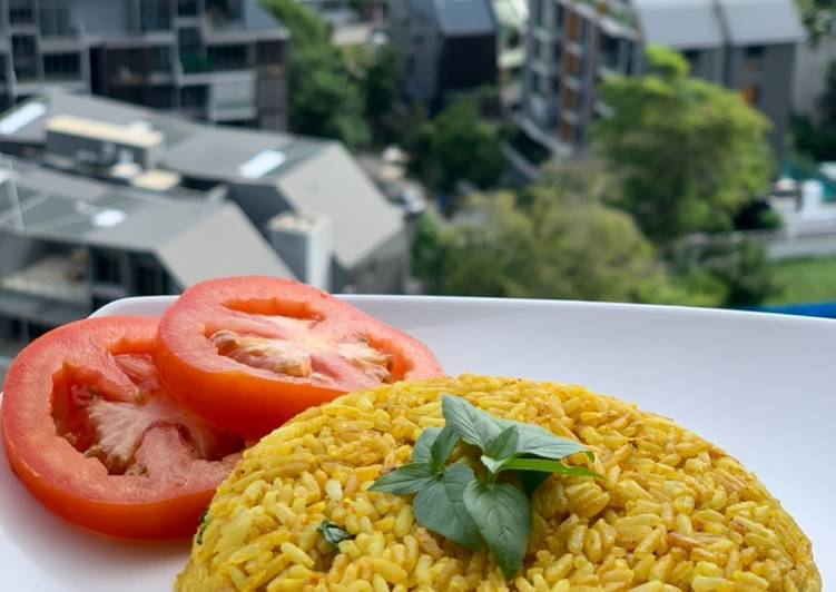 How to Make Speedy Basil Yellow Rice