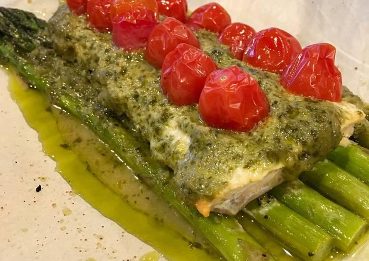 Tomato Pesto Salmon