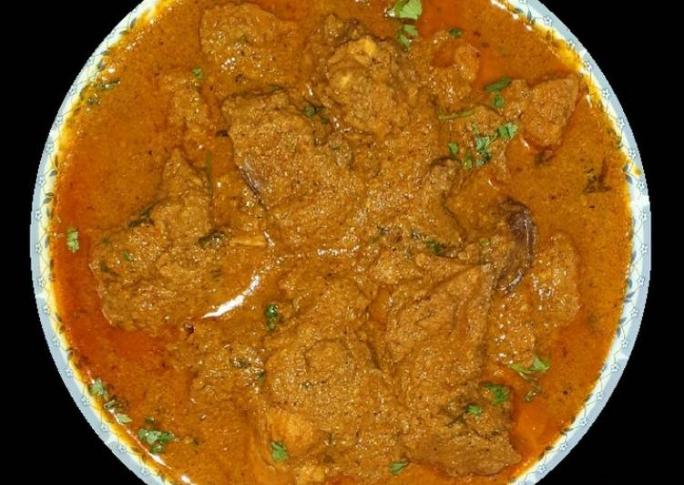 Discover How to Improve Your Mood with Food Malvani Chicken Curry
