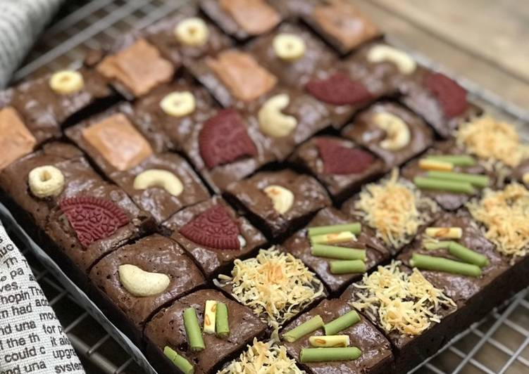 Fudgy Brownies - With Assorted Toppings