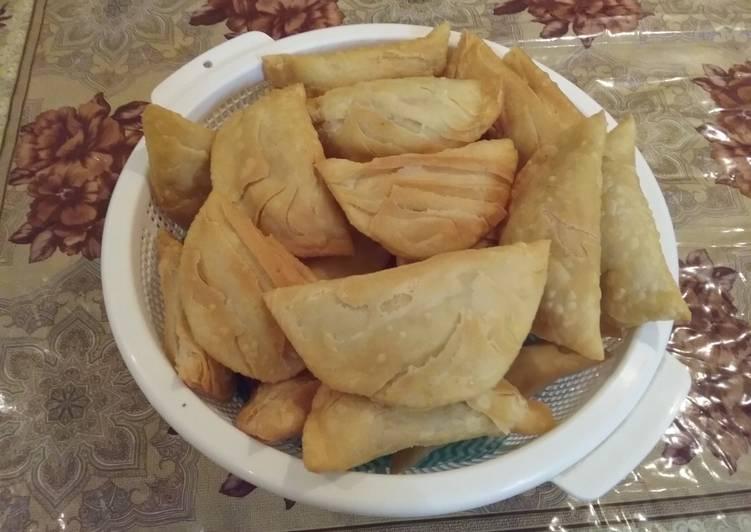 Gujiya (A sweet deep fried dumpling made from suji & maida)