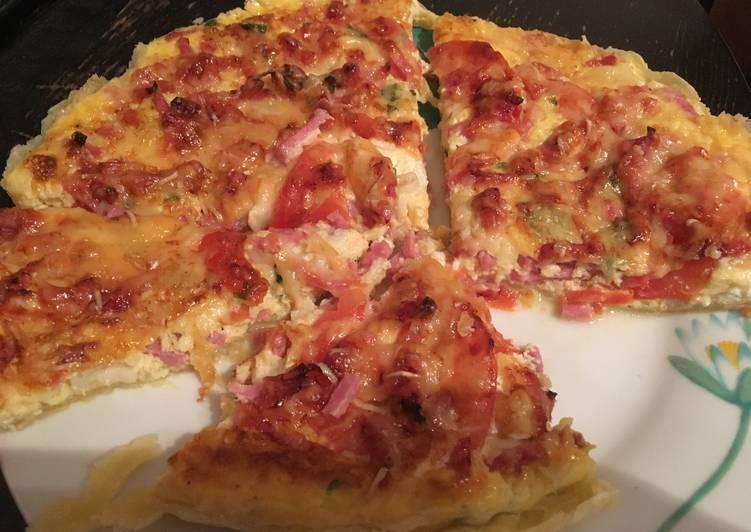 Tarte à la tomate, fromage de chèvre et jambon