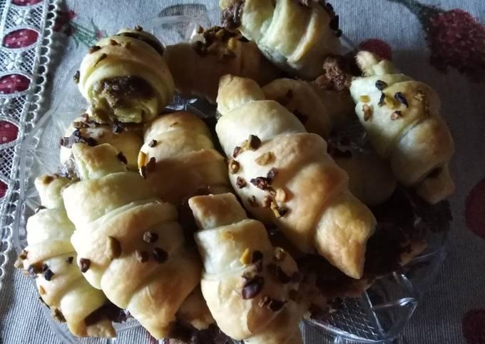 Mini croissant bocconcini al pistacchio