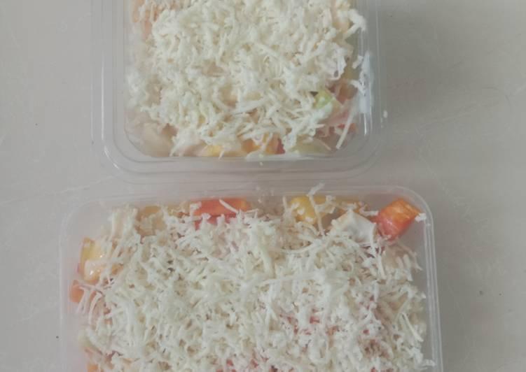 9. Salad buah segar dan sehat - cookandrecipe.com