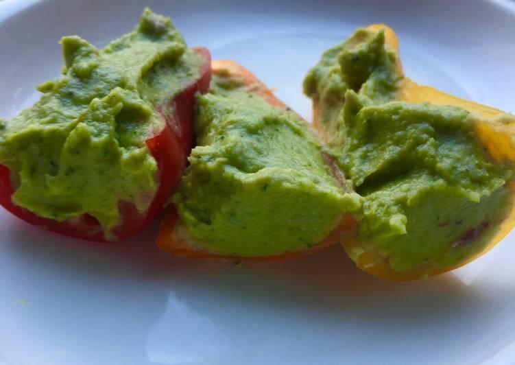 Hummus with Avocado