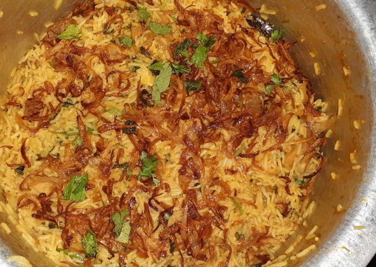 Chicken semi dum biryani